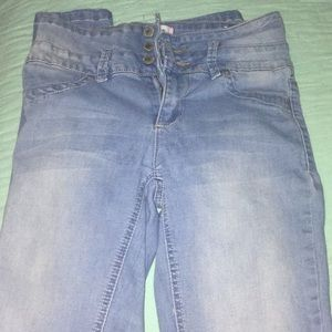 Light blue barely used skinny jeans